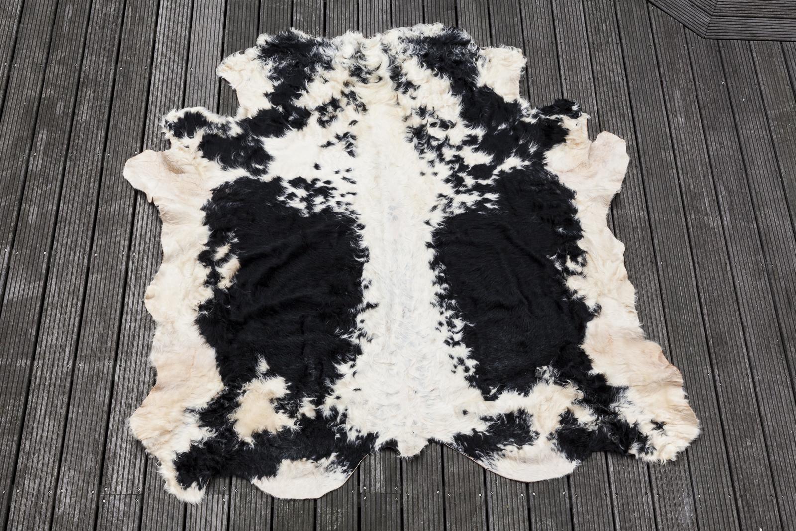 tierfell teppich ko schaffell lammfell fell teppich unikat xcm with tierfell teppich. Black Bedroom Furniture Sets. Home Design Ideas